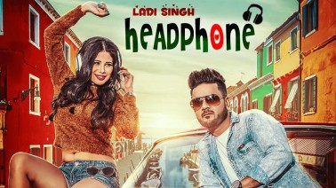 Headphone Song Lyrics