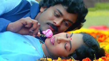 Orakalai Godavari Song Lyrics