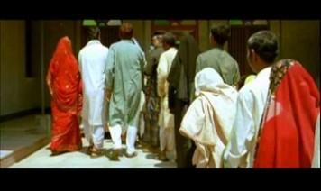 Aadami Aazaad Hai Song Lyrics
