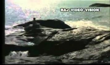 Adi Aathaadi Song Lyrics