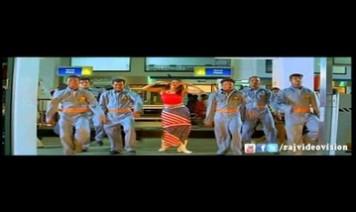Azhagaana Aangal Nenjil Song Lyrics