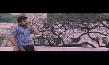 Iragai Pole Alaigiraene Song Lyrics
