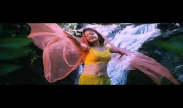 Isai Veesi Song Lyrics