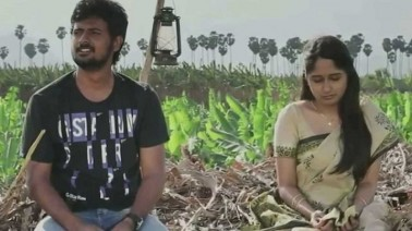 Killi Killi Pakkam Song Lyrics