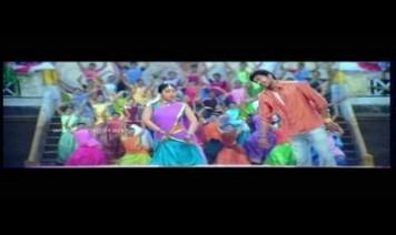 Maduraikku Pogathadi Song Lyrics