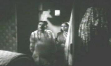 Manwa Phir Kahe Tadpaye Song Lyrics