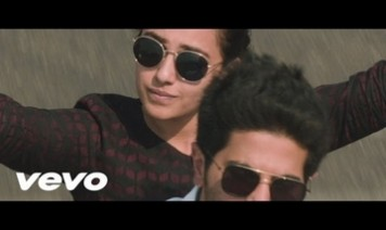 Mental Manadhil Song Lyrics