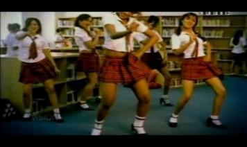 Rangeela Re Tere Song Lyrics