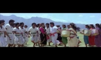 Usilambatti Penkutti Song Lyrics